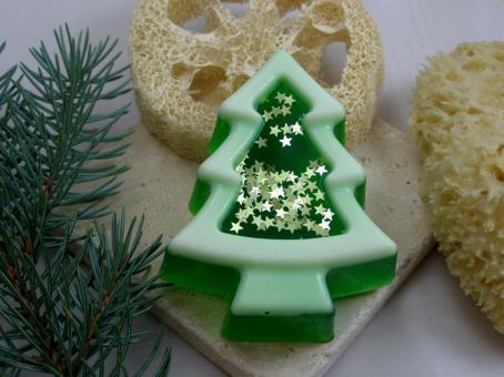 Weihnachtsbaum Schnee